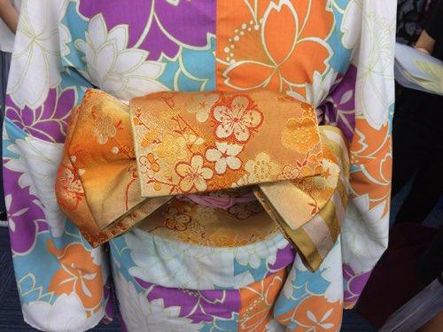 ตัวอย่างการผูกผ้าโอบิ