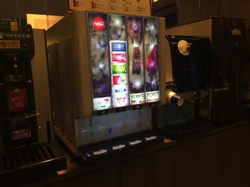 เครื่องดื่มอร่อยในห้องรับรองJCB Lounge