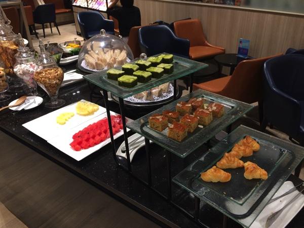 อาหารในห้องรับรองสายการบิน