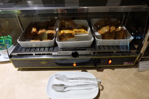 อาหารในเลานจ์การบินไทย