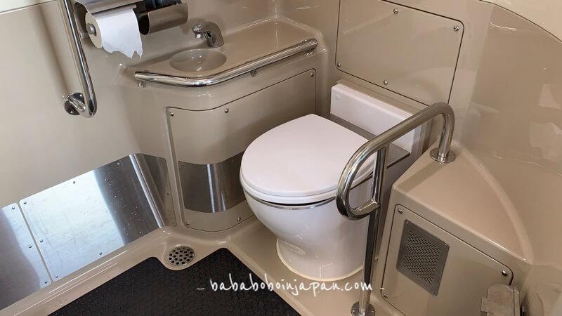 ห้องน้ำรถไฟญี่ปุ่น
